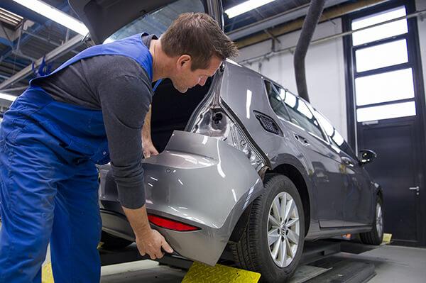 auto schade herstellen reparatie krassen deuken